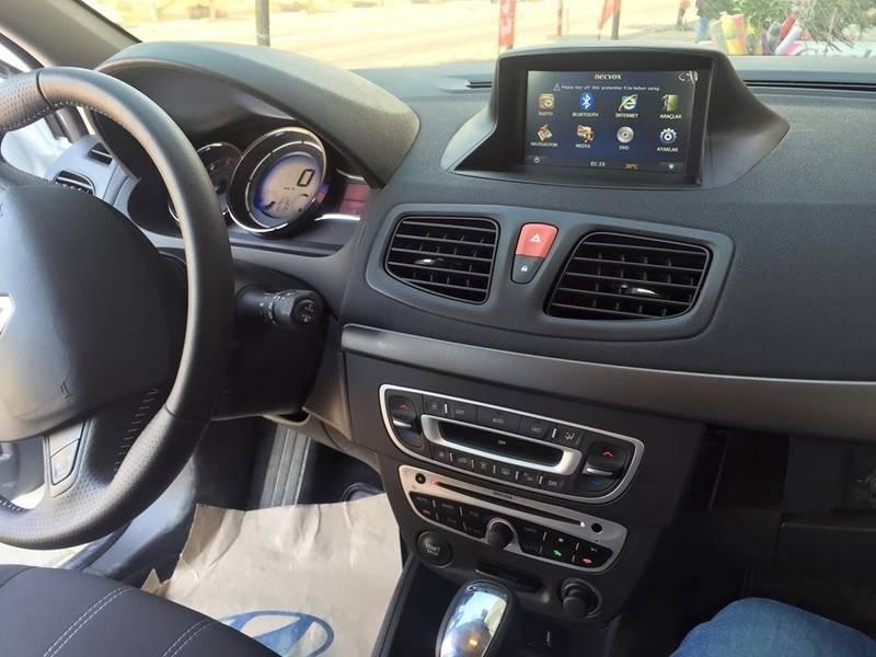 Renault Fluence Navigasyon Dvd Usb Bluetooth Hd Kamera Hediye